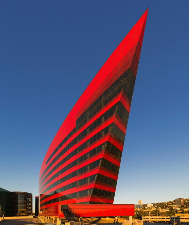 25 stunning architectural facades Hollywood Pacific Design Center