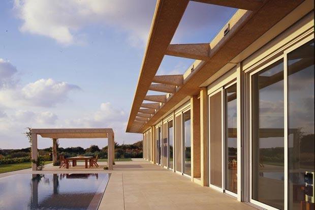 Caesarea Villa by Gottesman Szmelcman Architecture pool terrace