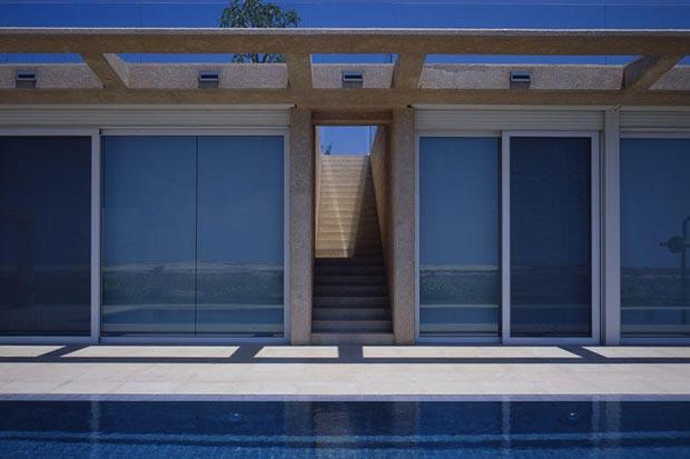 Caesarea Villa by Gottesman Szmelcman Architecture roof