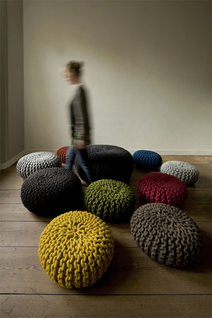 Handknitted poufs and rugs by Christien Meindertsma 1
