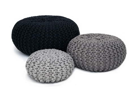 Handknitted poufs and rugs by Christien Meindertsma 5