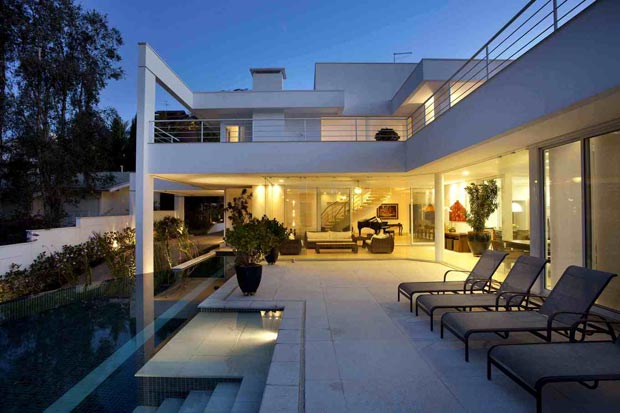 House PS Pupo Gaspar Arquitectos exterior pool