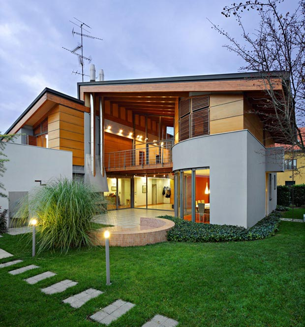 Modern family home K17 by DAR612