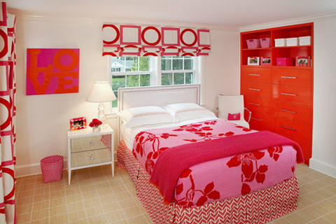 http://decojournal.com/img/pink-orange-room.jpg