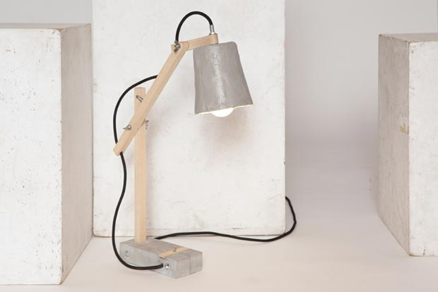Remiz desk lamp by Sara Kele black cable