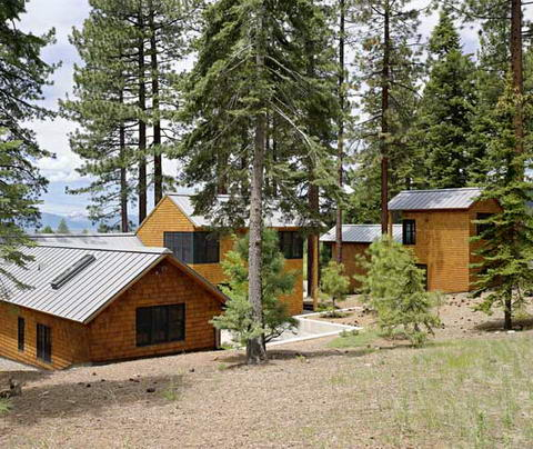 Summer Lake Tahoe House TGH Architects 04