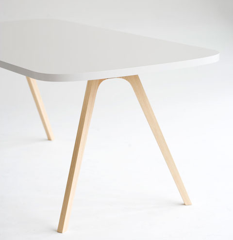 Wogg 43 Table Jorg Boner white