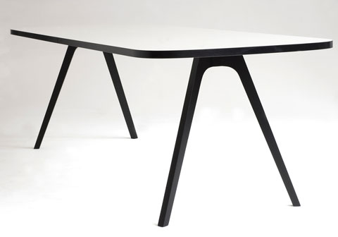 Wogg 43 Table Jorg Boner white/black